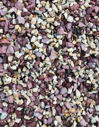 Gold and Plum Slate Mulch 40mm-60mm